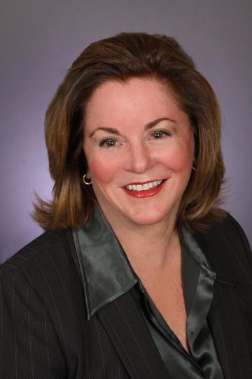 Carolyn  Manlove
