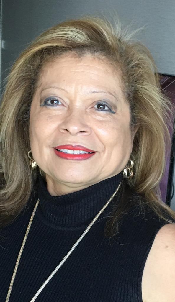 Elizabeth  Manzano
