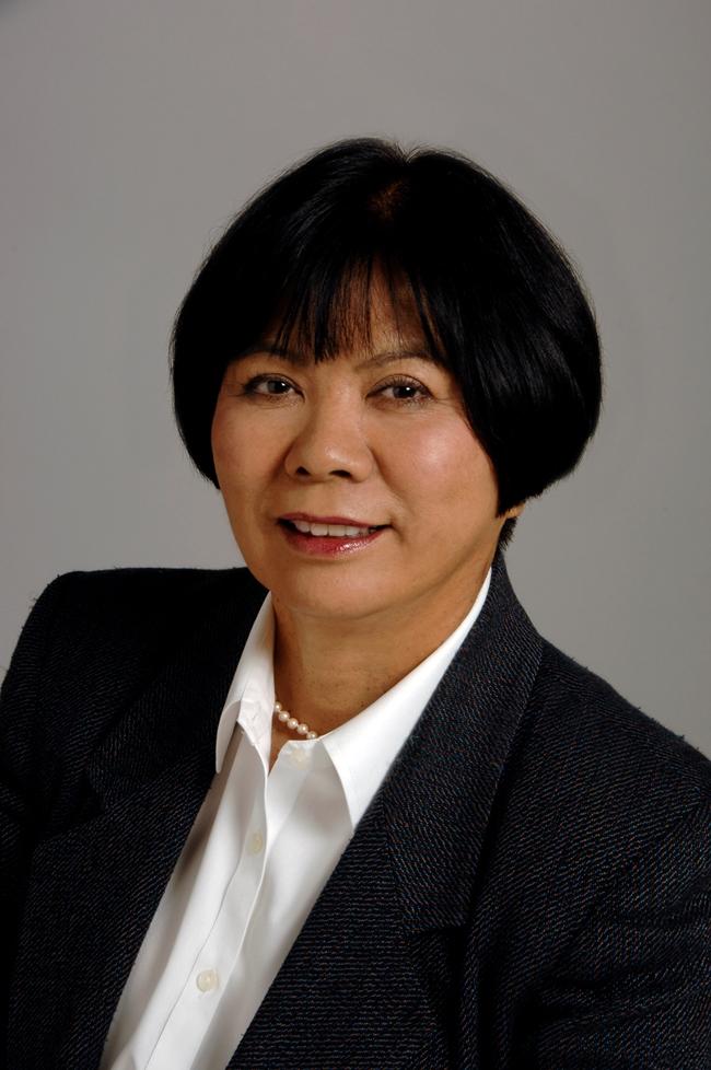 Akiko  Fields