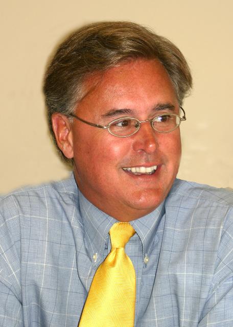 Jon  D. Querolo