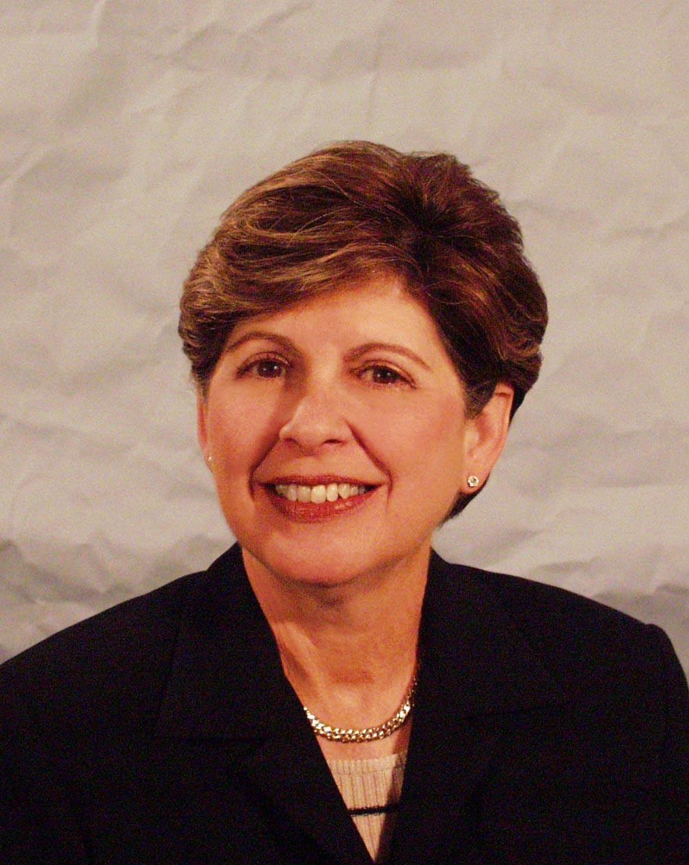 Ana  M. Azcarate
