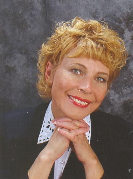 Ann  Marie Freter-Feild