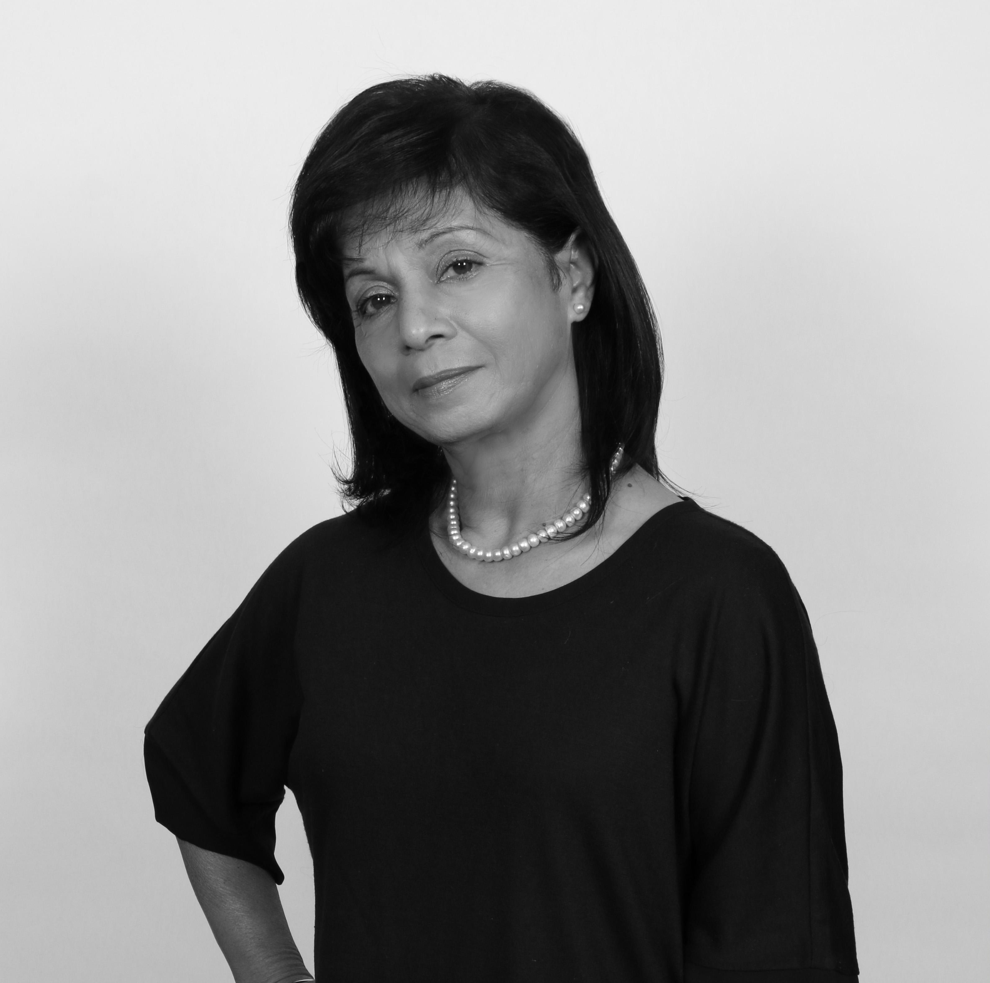 Nina  Kaur