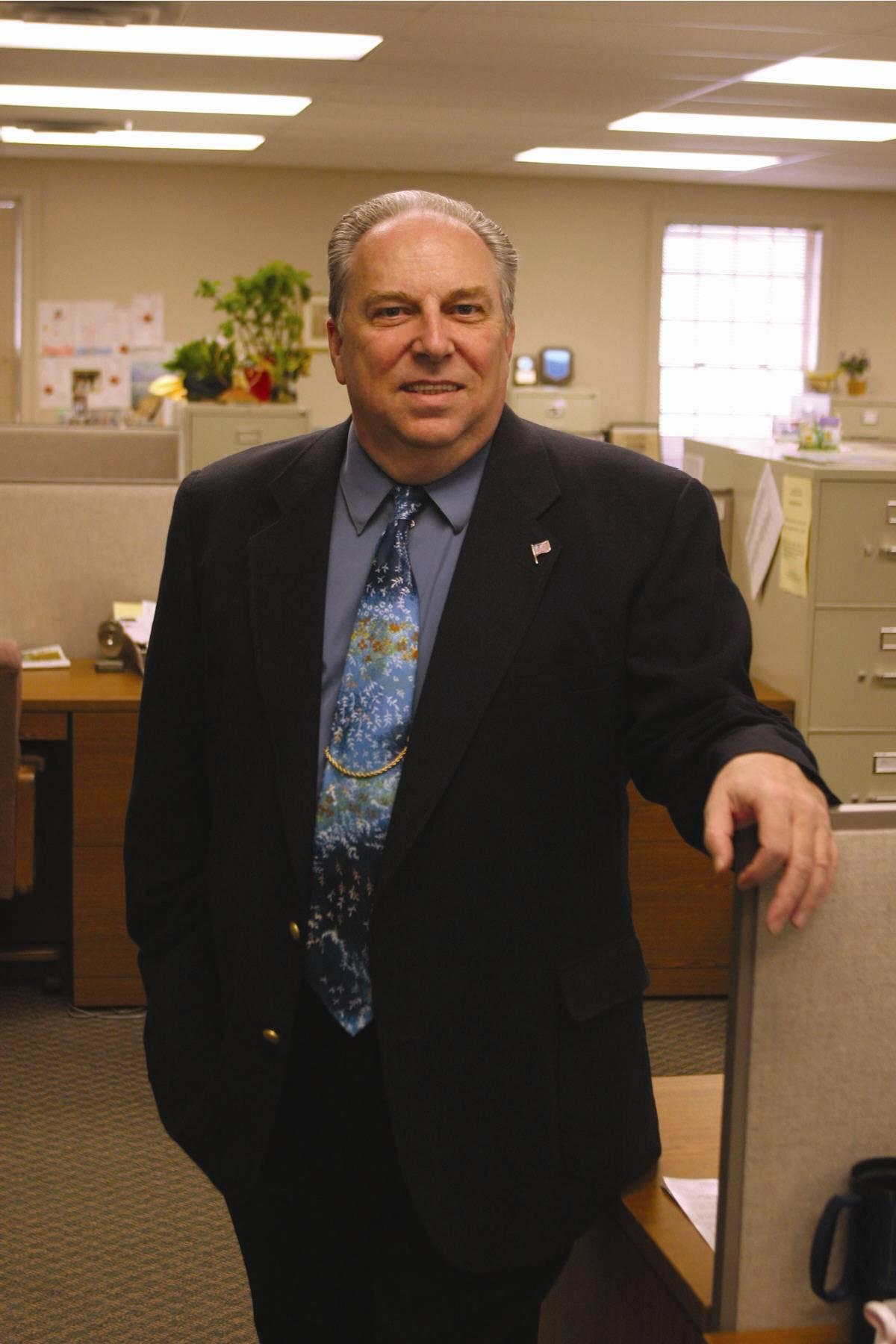 Larry  Wineke