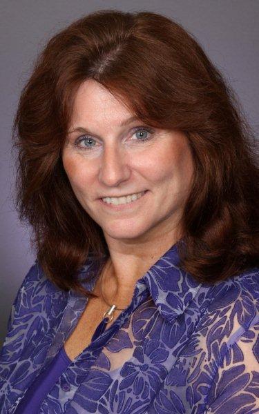 Nancy  L. Cummins
