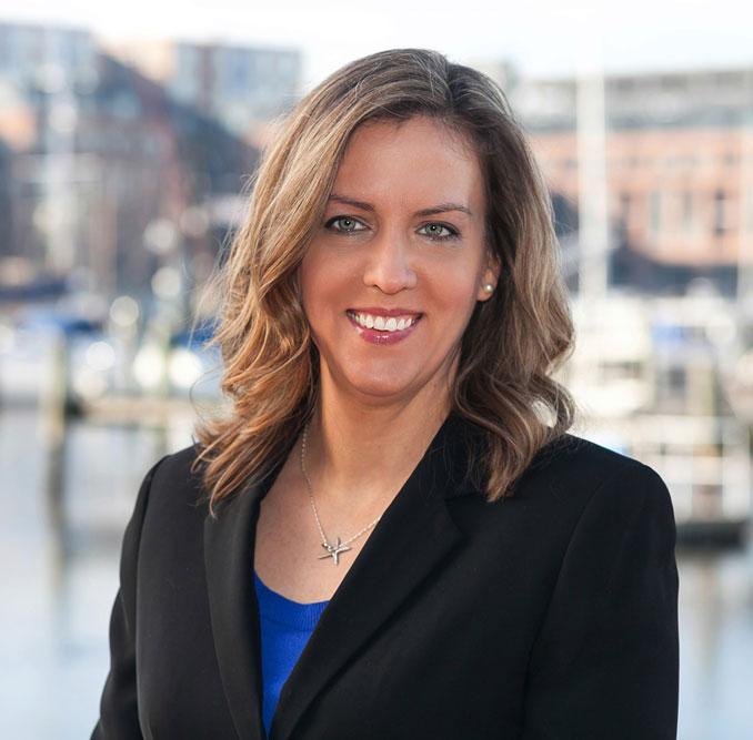 Laura  Byrne