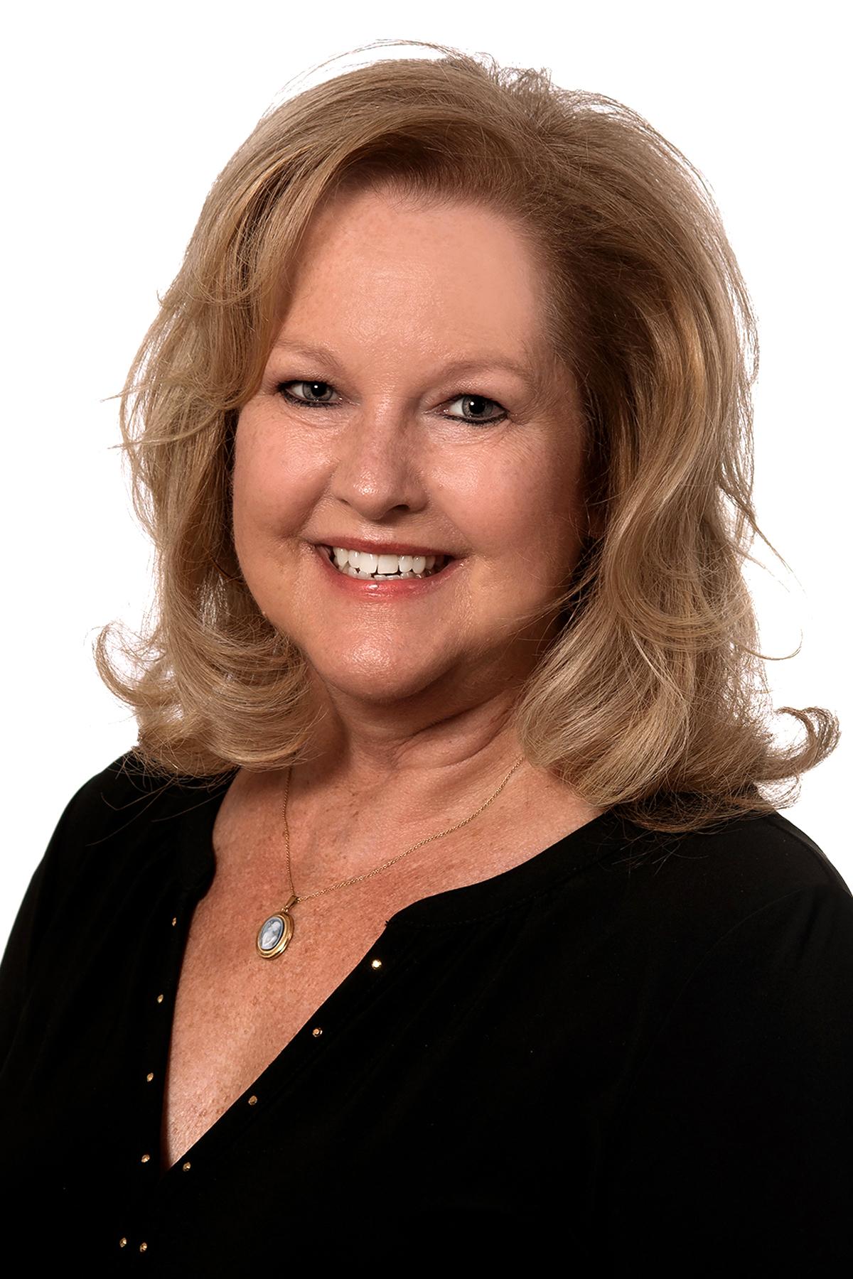 Phyllis  Endrich