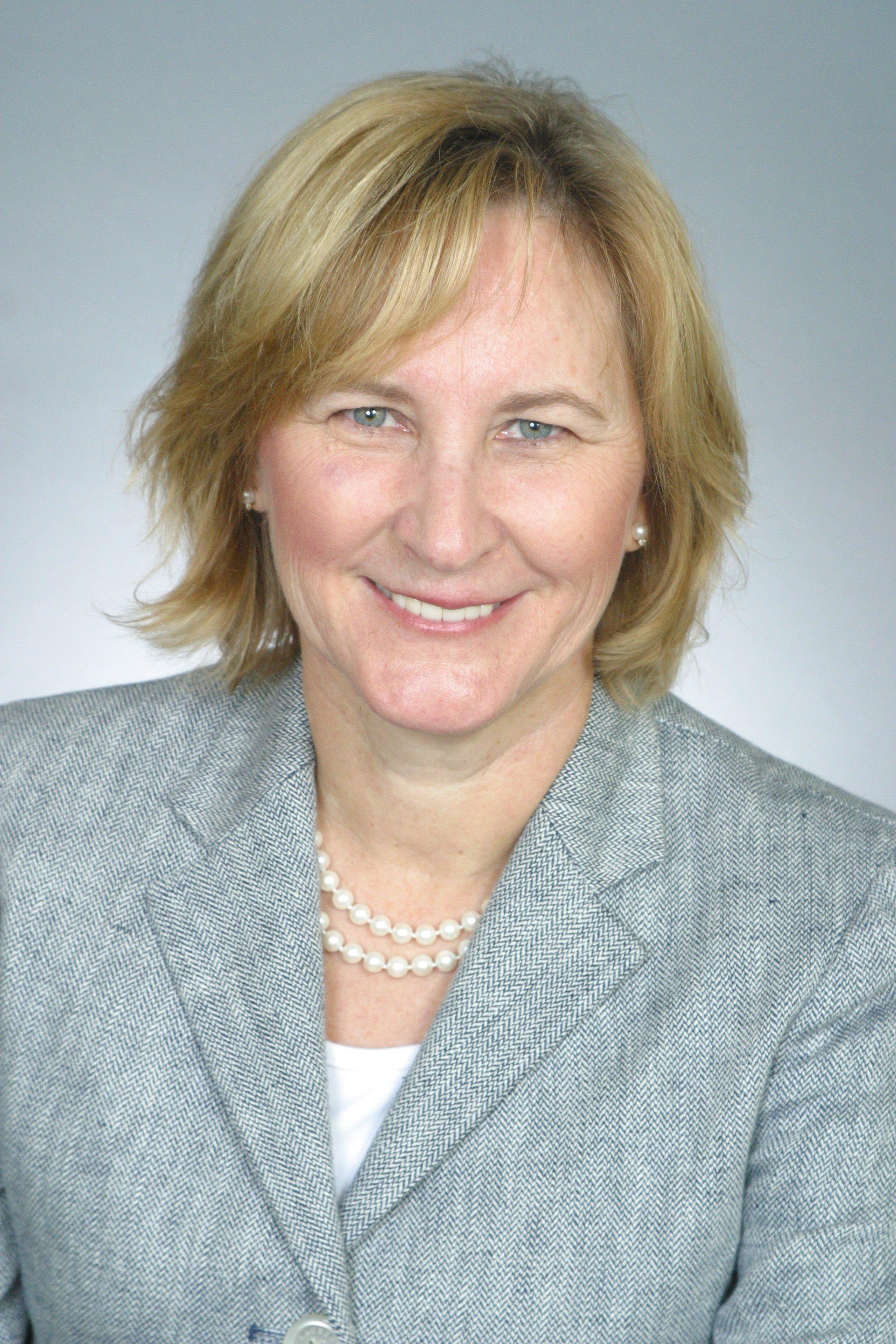 Debbie  Leyba