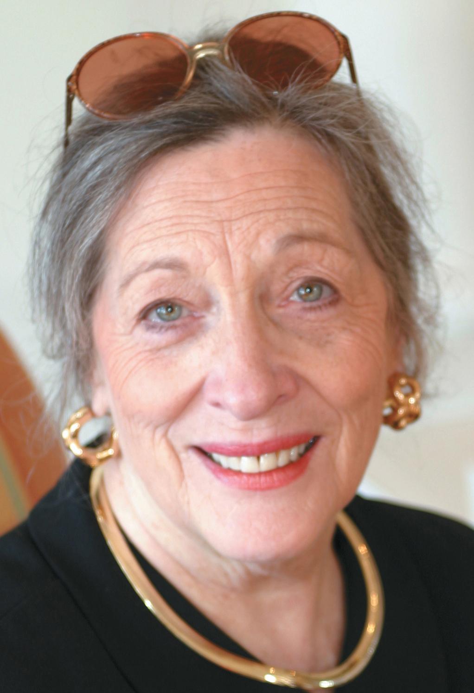 Jeannine  Hanson