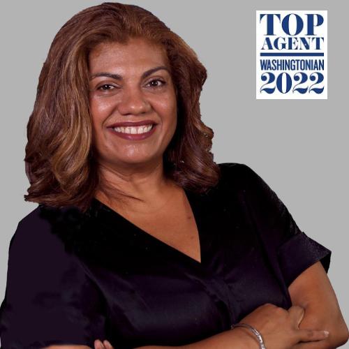 Claudia  Sarmiento