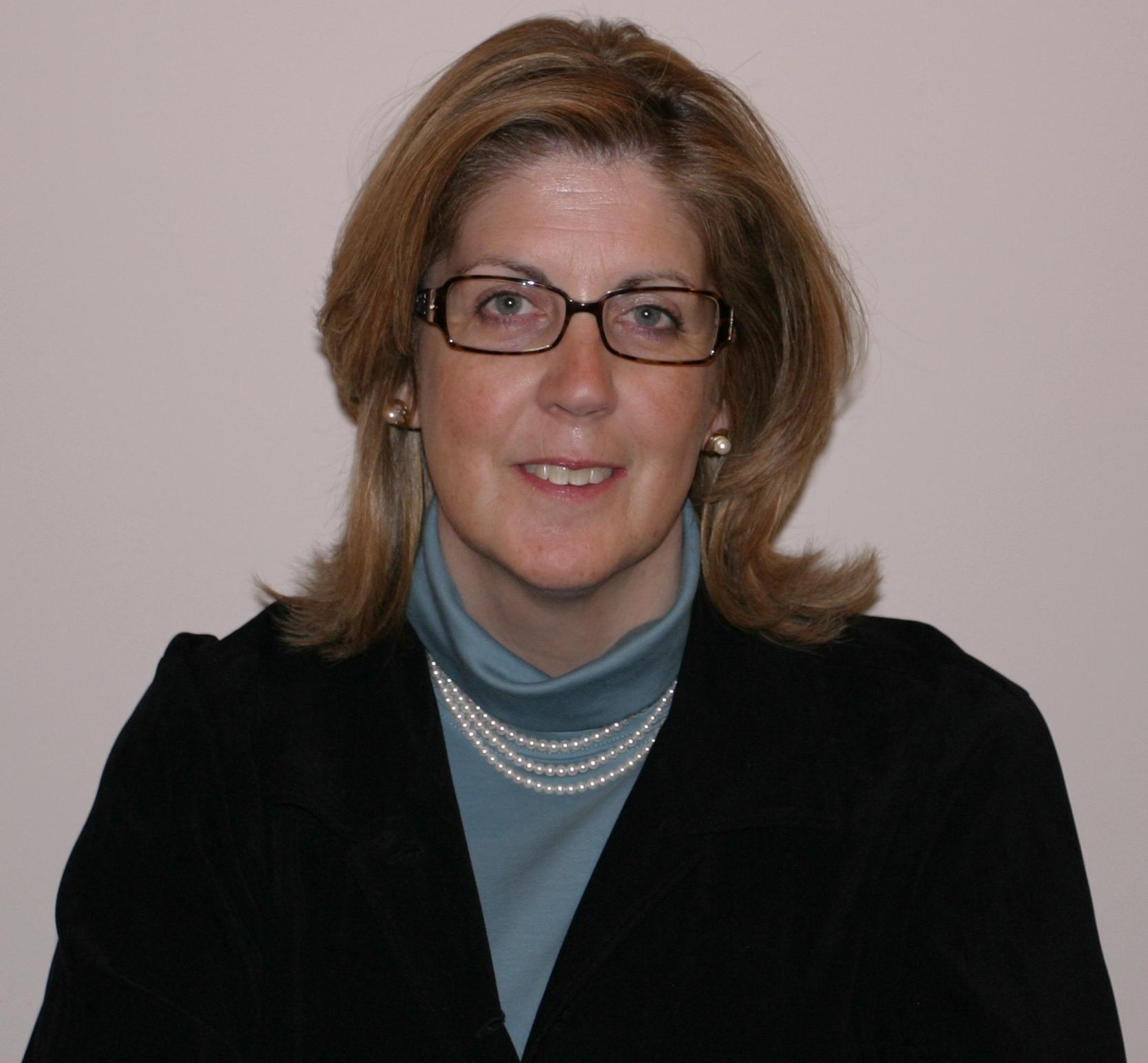 Lisa  Miclot