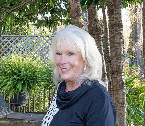 Beverly  Shultz