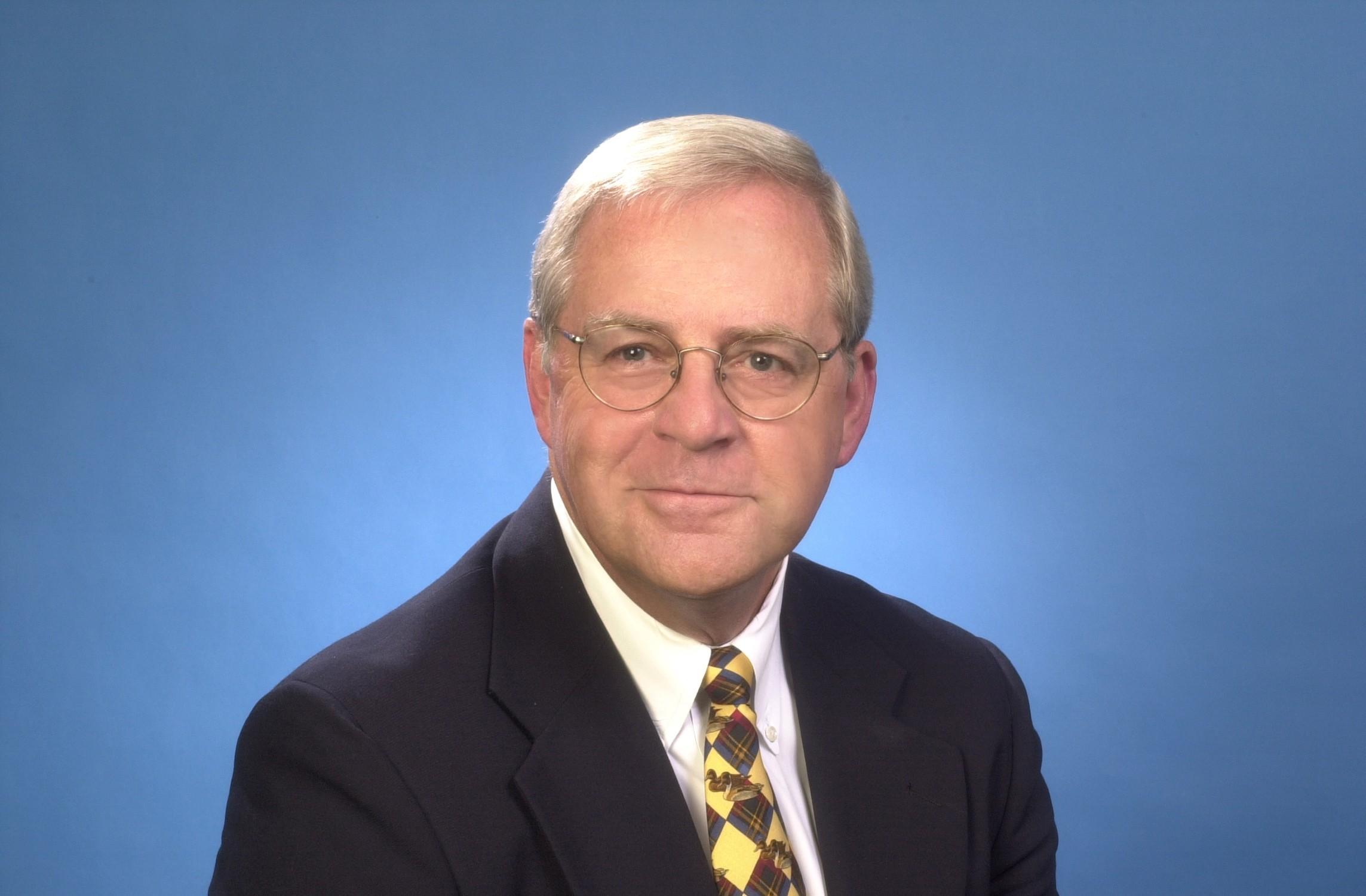 Larry  W. Snyder