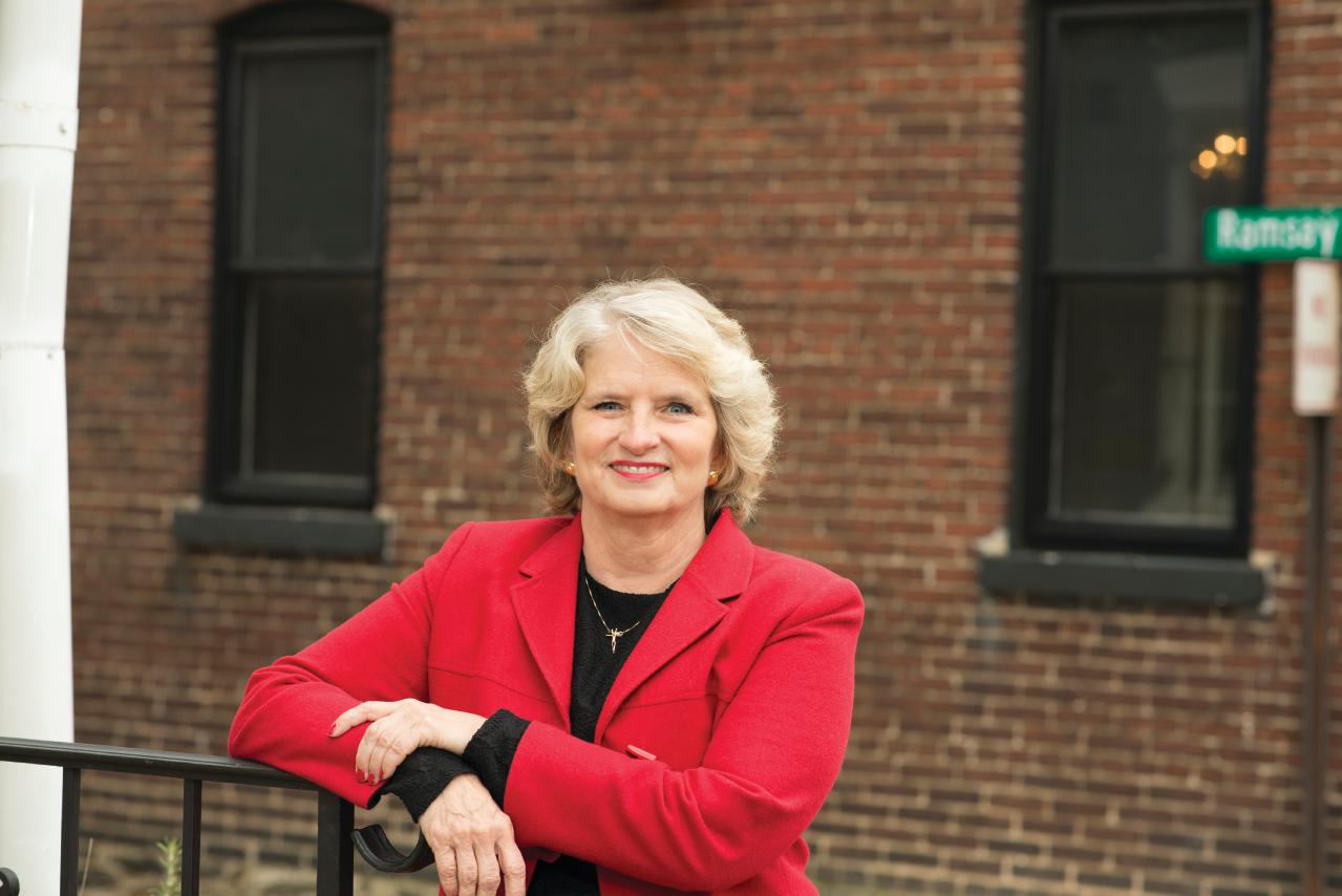 Nancy  M Poe