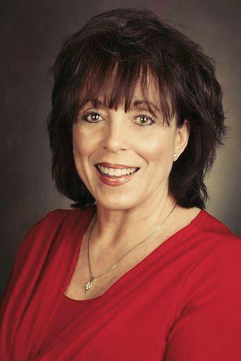 Linda  Carbone