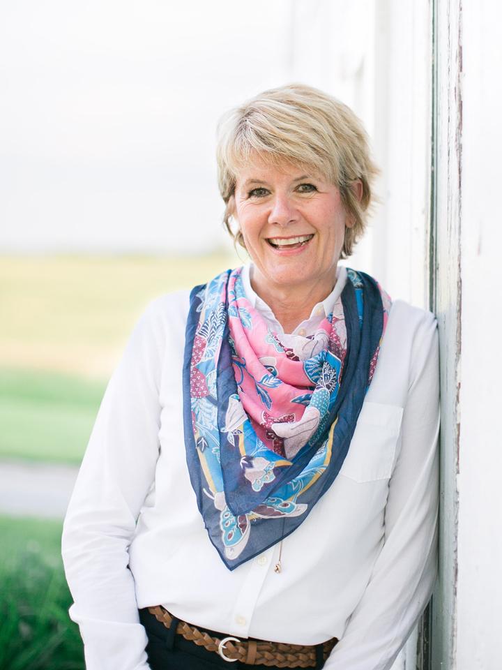 Julie  M Byrd