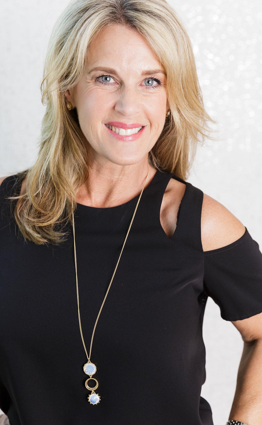 Laura  Rosen