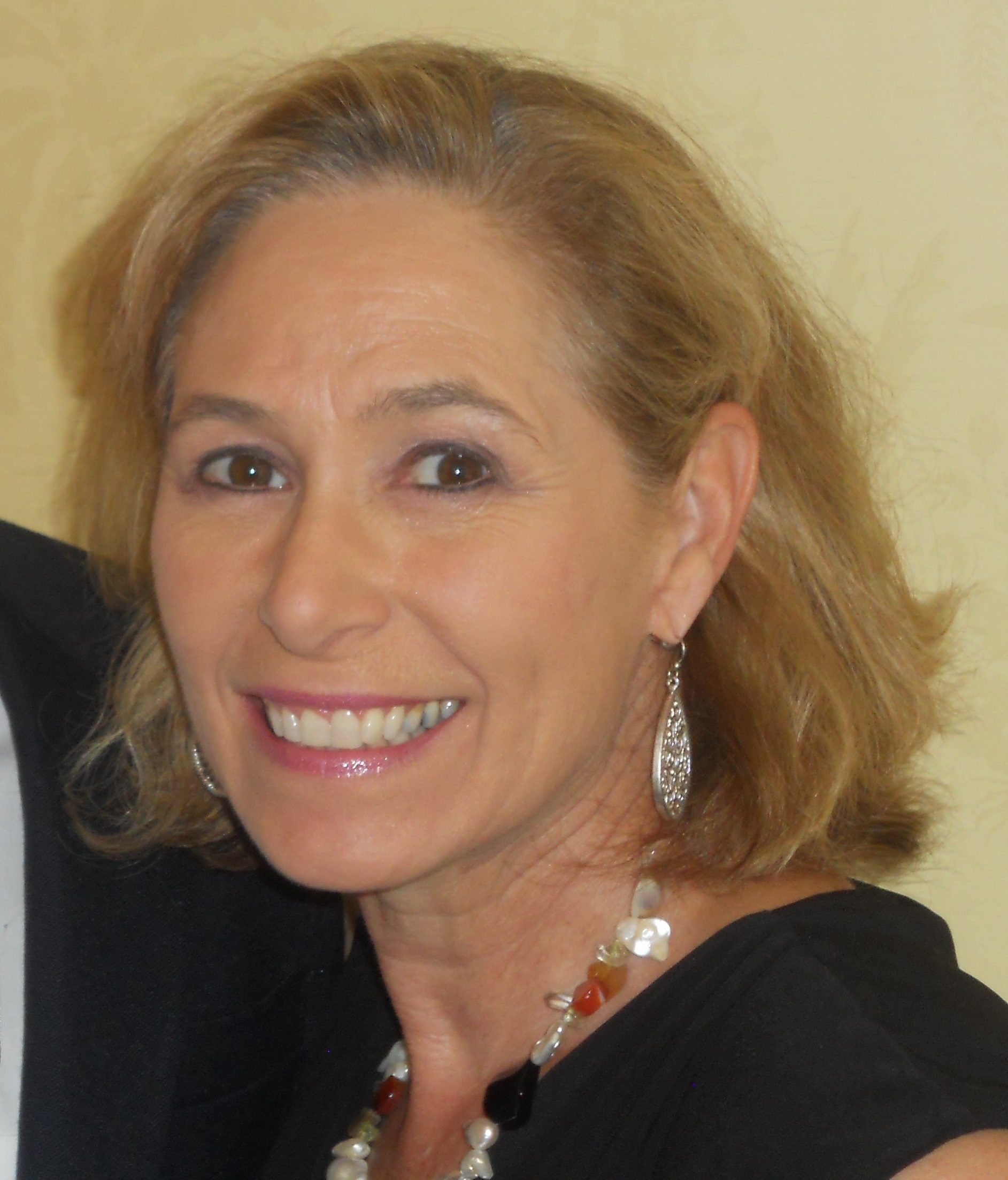 Cynthia  Butler