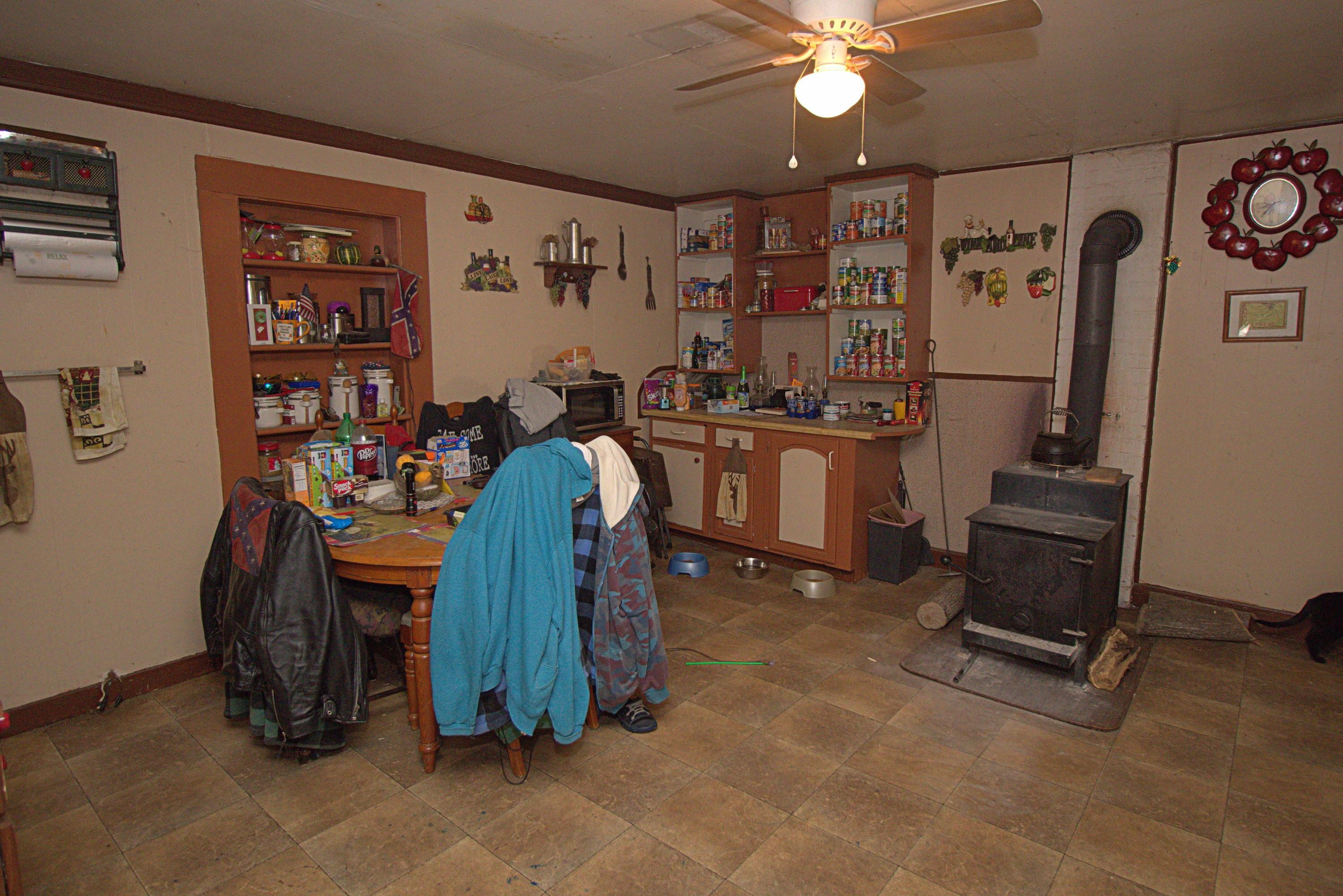Additional photo for property listing at 3085 Powell Dr Salem, Virginia 24153 United States