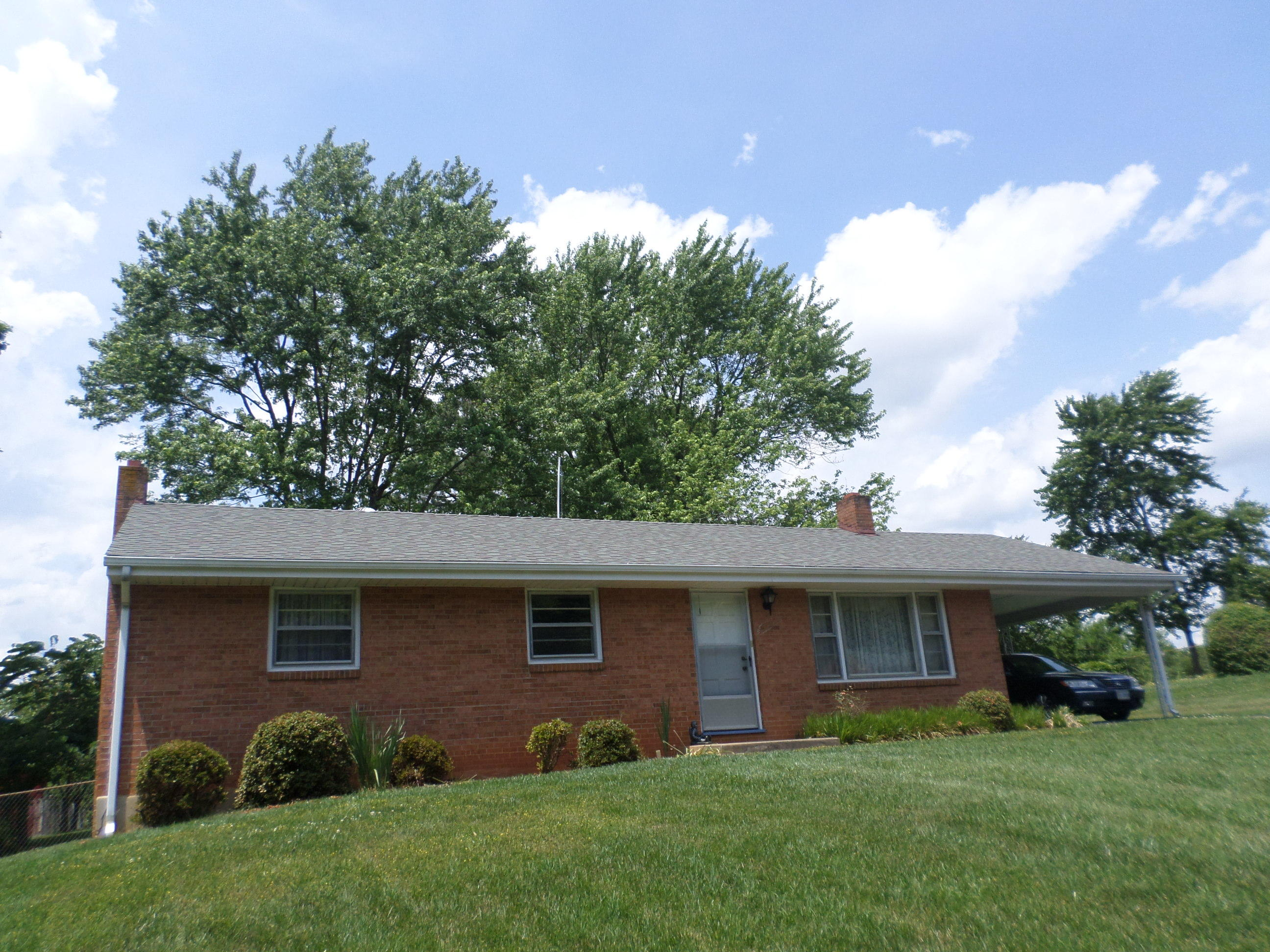 Residential for Sale at 1212 W Hill Dr Bedford, Virginia 24523 United States