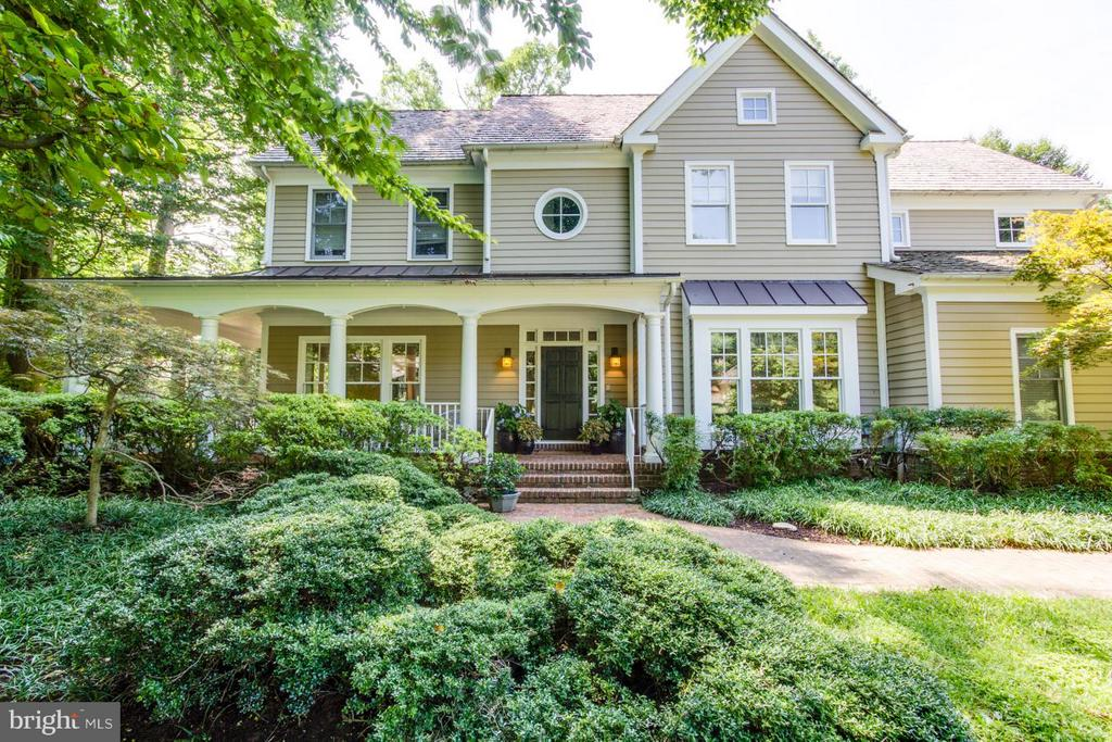 Single Family for Sale at 11513 Dahlia Ter Potomac, Maryland 20854 United States