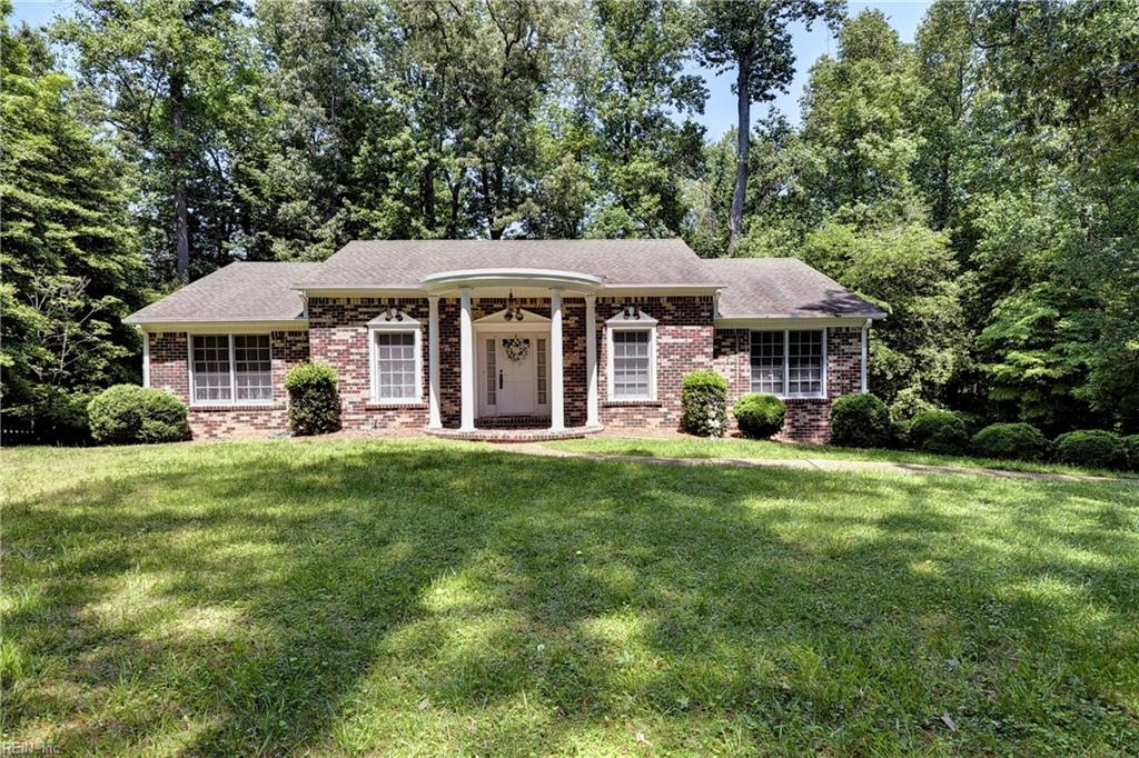 Single Family for Sale at 102 Pinepoint Rd 102 Pinepoint Rd Williamsburg, Virginia 23185 United States