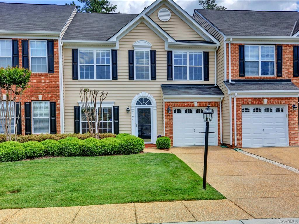 condominiums for Sale at 6304 Eagles Crest Ln 6304 Eagles Crest Ln Chesterfield, Virginia 23832 United States