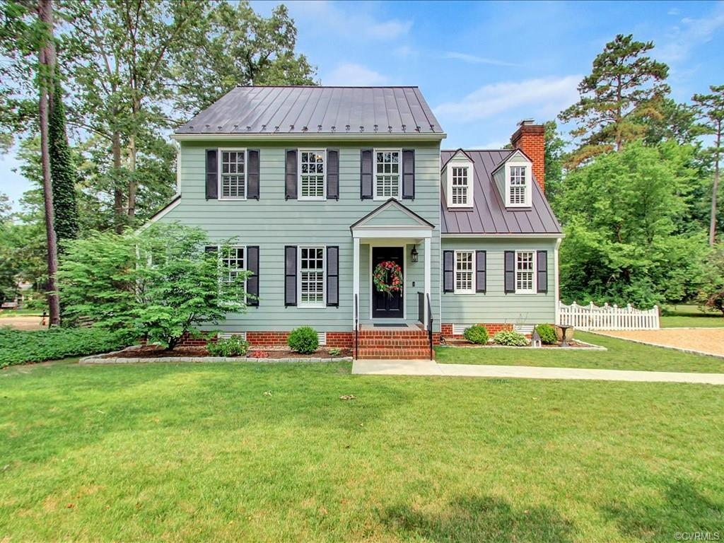 Single Family for Sale at 9730 Cole Mill Rd Richmond, Virginia 23237 United States