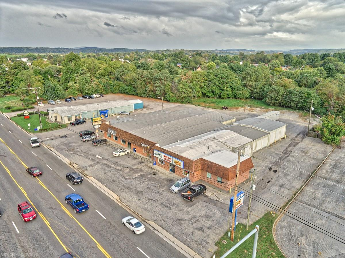 Commercial for Sale at 7310 Peppers Ferry Blvd Boulevard 7310 Peppers Ferry Blvd Boulevard Fairlawn, Virginia 24141 United States