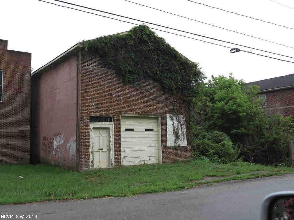 Commercial for Sale at 9148 Roanoke Road Elliston, Virginia 24087 United States
