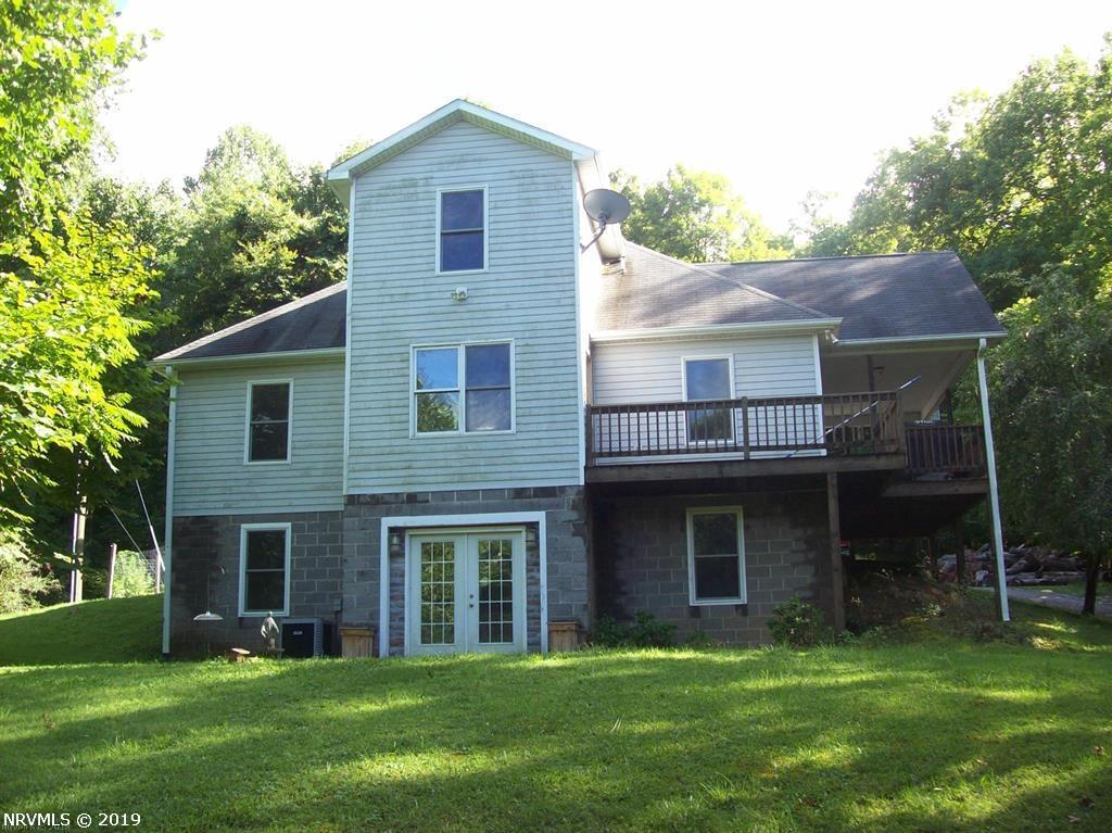 Single Family for Sale at 115 Morning Breeze Lane Newport, Virginia 24128 United States