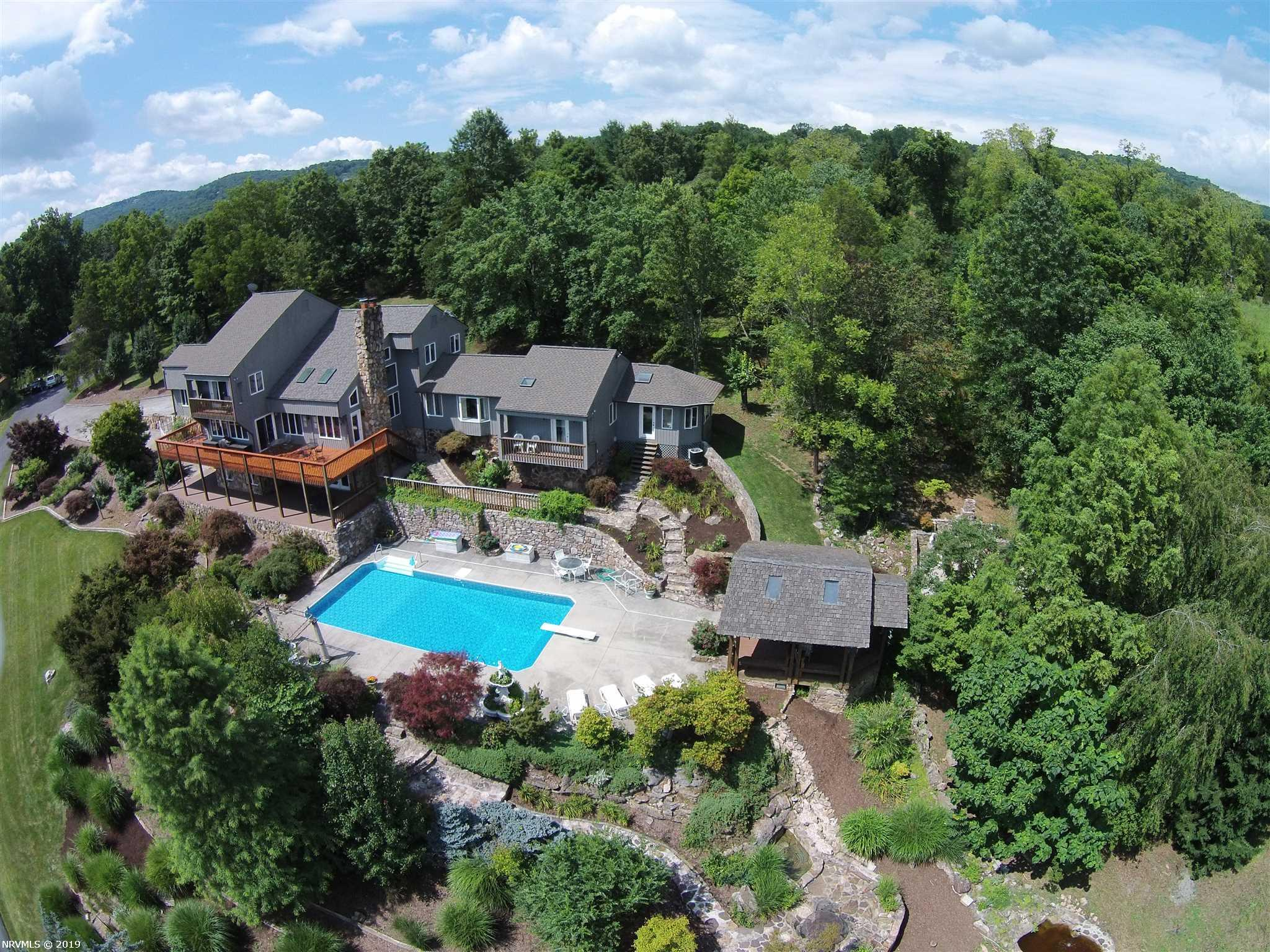 Single Family for Sale at 2113 Lusters Gate Road 2113 Lusters Gate Road Blacksburg, Virginia 24060 United States