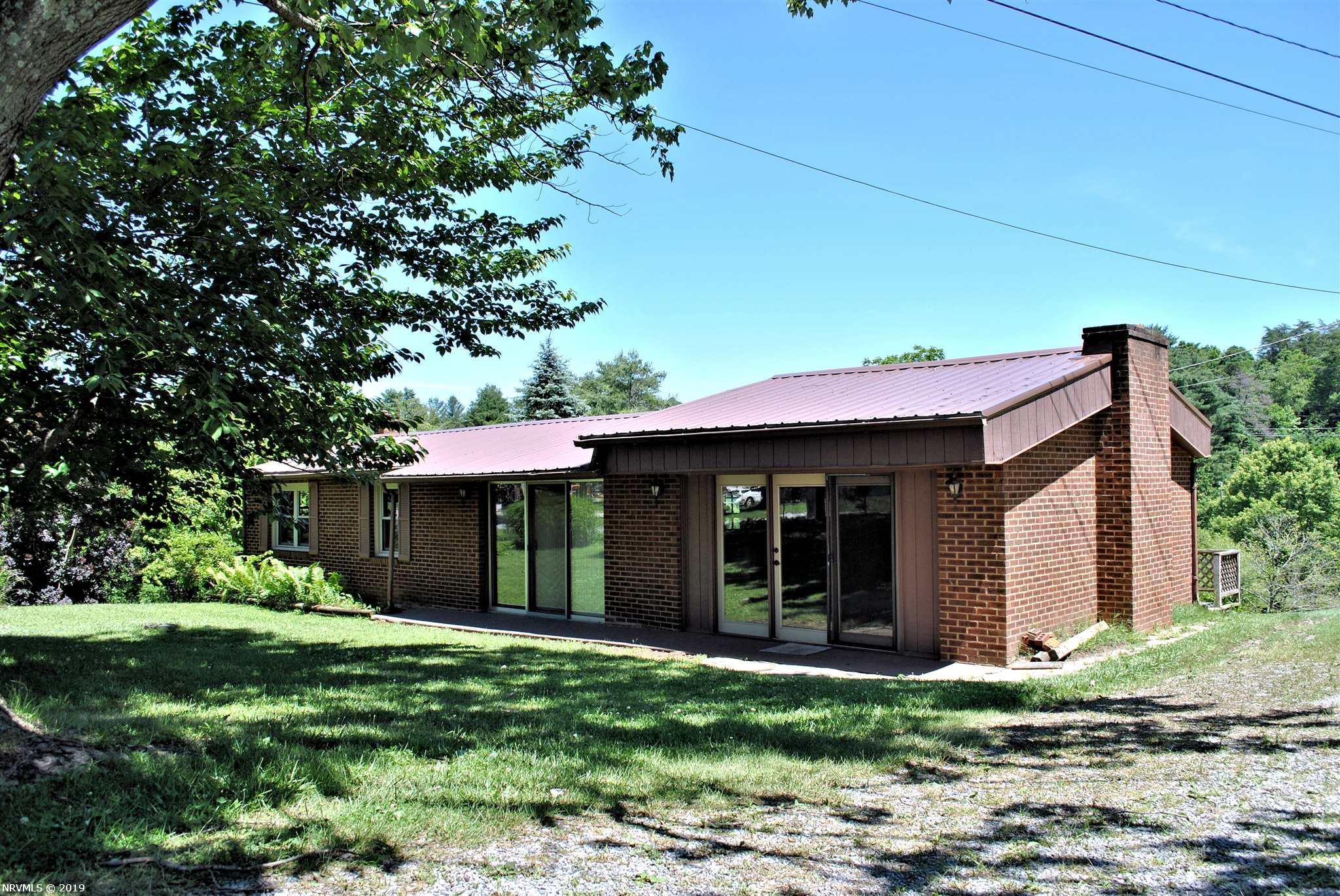 Single Family for Sale at 1604 Gantt Drive Christiansburg, Virginia 24073 United States