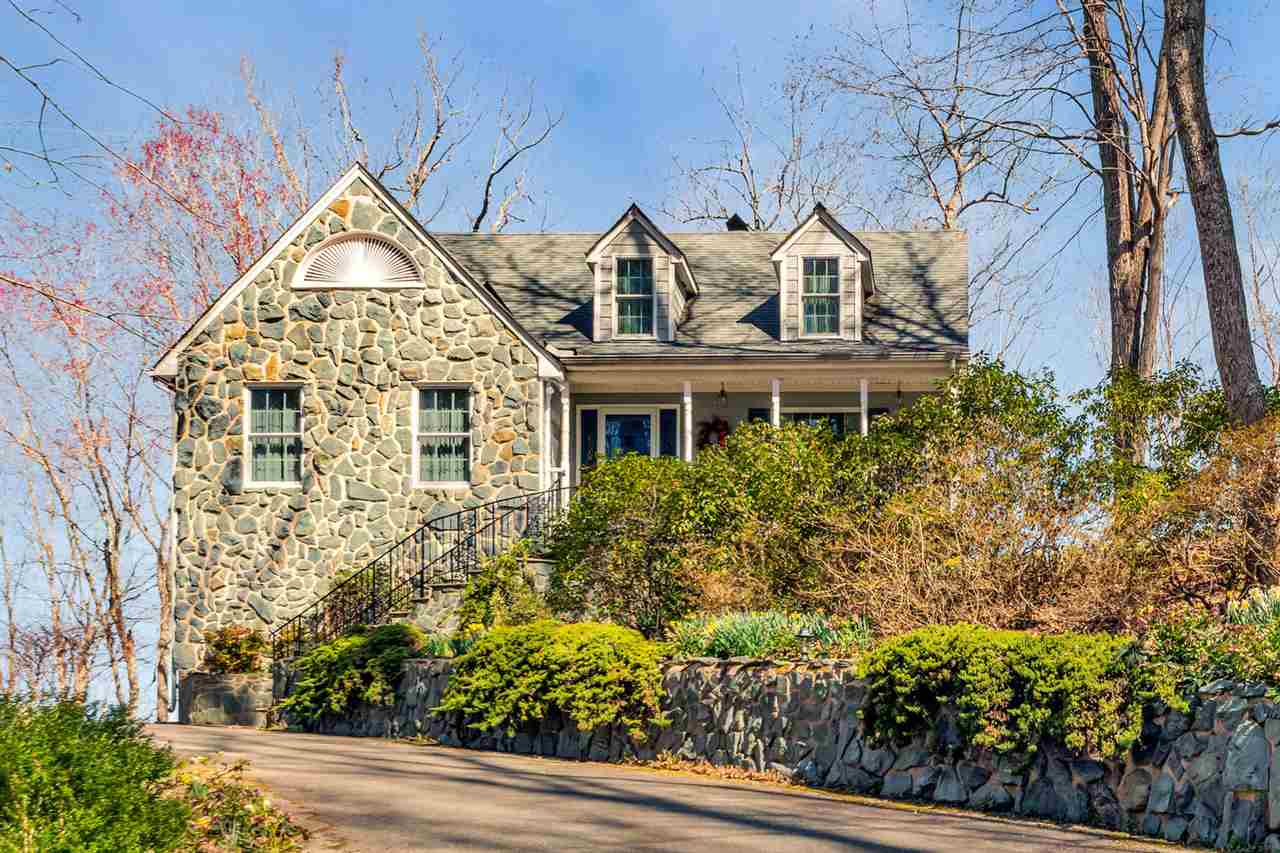 Single Family for Sale at 308 Scenic River Dr 308 Scenic River Dr Columbia, Virginia 23038 United States