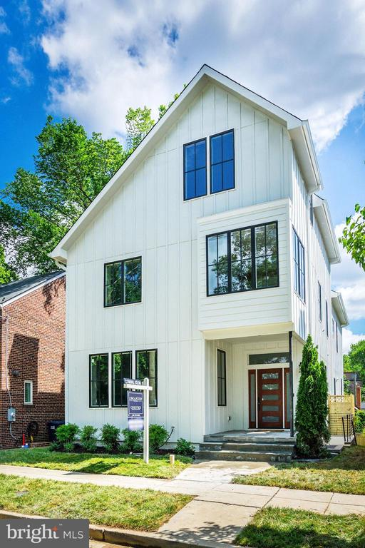 Single Family for Sale at 4621 Clark Pl NW Washington, District Of Columbia 20007 United States