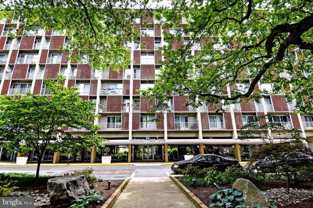 condominiums for Sale at 800 4th St SW #n817 800 4th St SW #n817 Washington, District Of Columbia 20024 United States