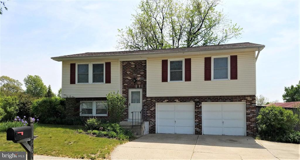 Single Family for Sale at 7805 Bastille Rd Severn, Maryland 21144 United States