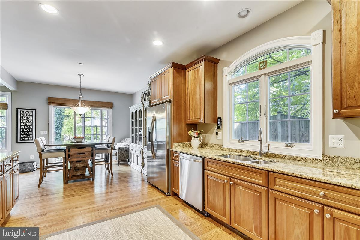 Additional photo for property listing at 1359 Corey Ln Annapolis, Maryland 21401 United States