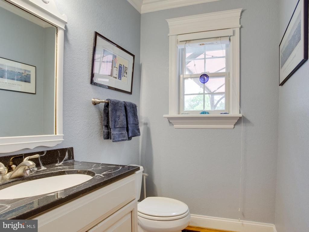 Additional photo for property listing at 304 N Linden Ave Annapolis, Maryland 21401 United States