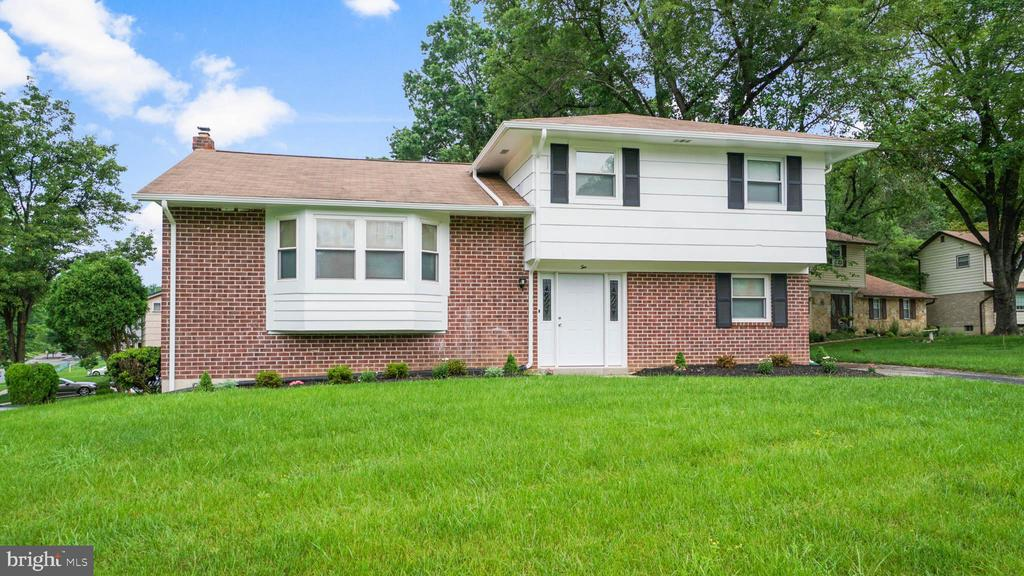 Single Family for Sale at 2 Evatt Ct 2 Evatt Ct Randallstown, Maryland 21133 United States