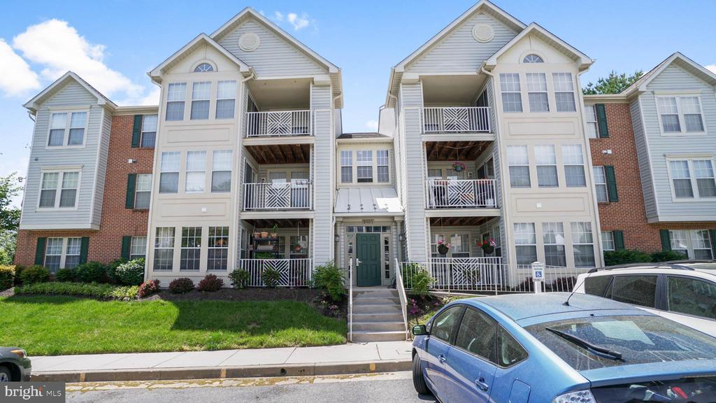 condominiums for Sale at 8005-L Township Dr #303 8005-L Township Dr #303 Owings Mills, Maryland 21117 United States