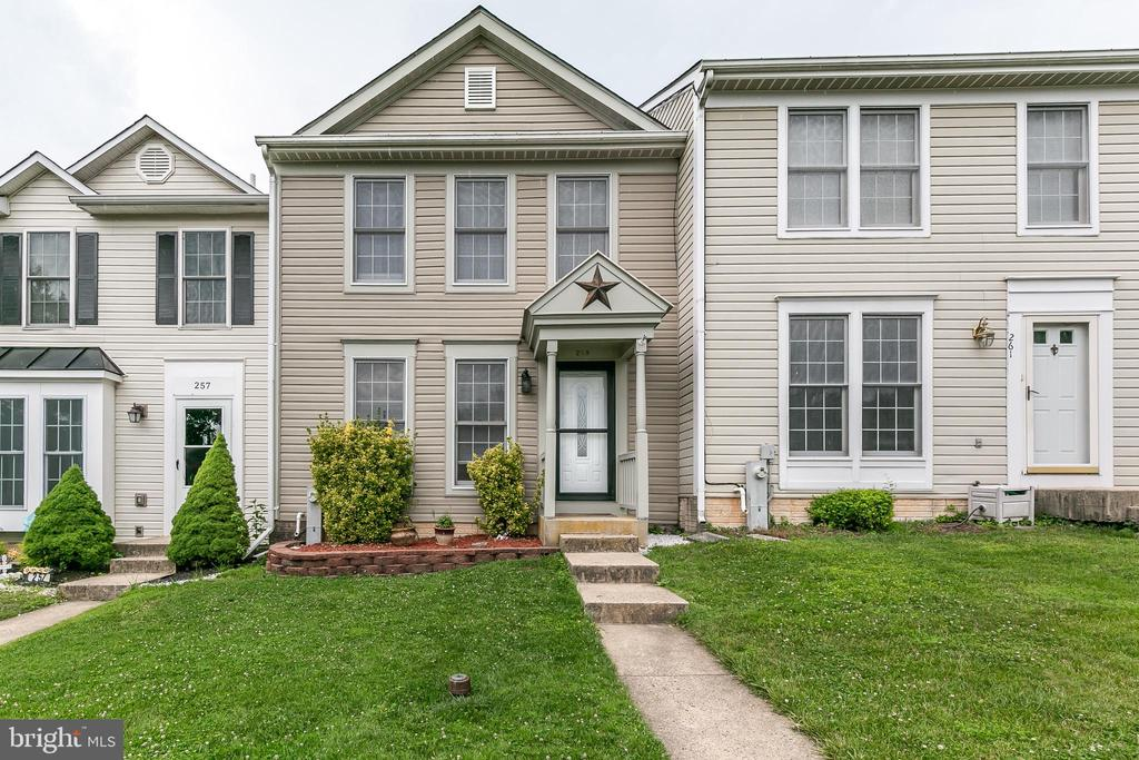townhouses for Sale at 259 Maple Wreath Ct 259 Maple Wreath Ct Abingdon, Maryland 21009 United States