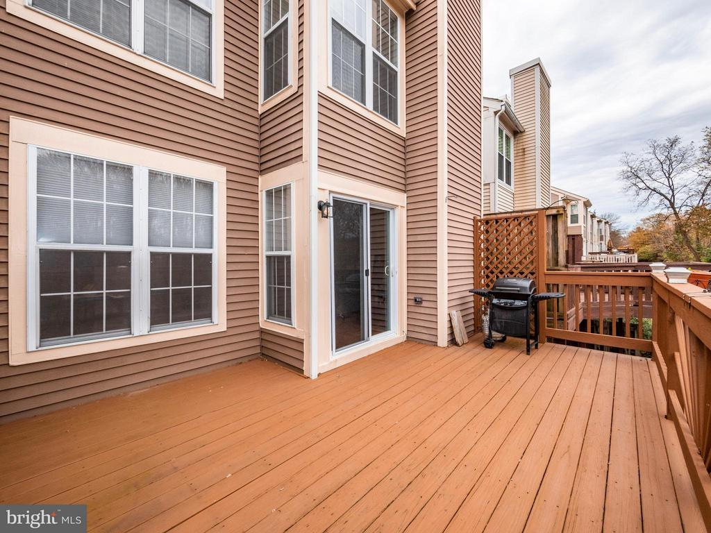 Additional photo for property listing at 9152 Emersons Reach Columbia, Maryland 21045 United States
