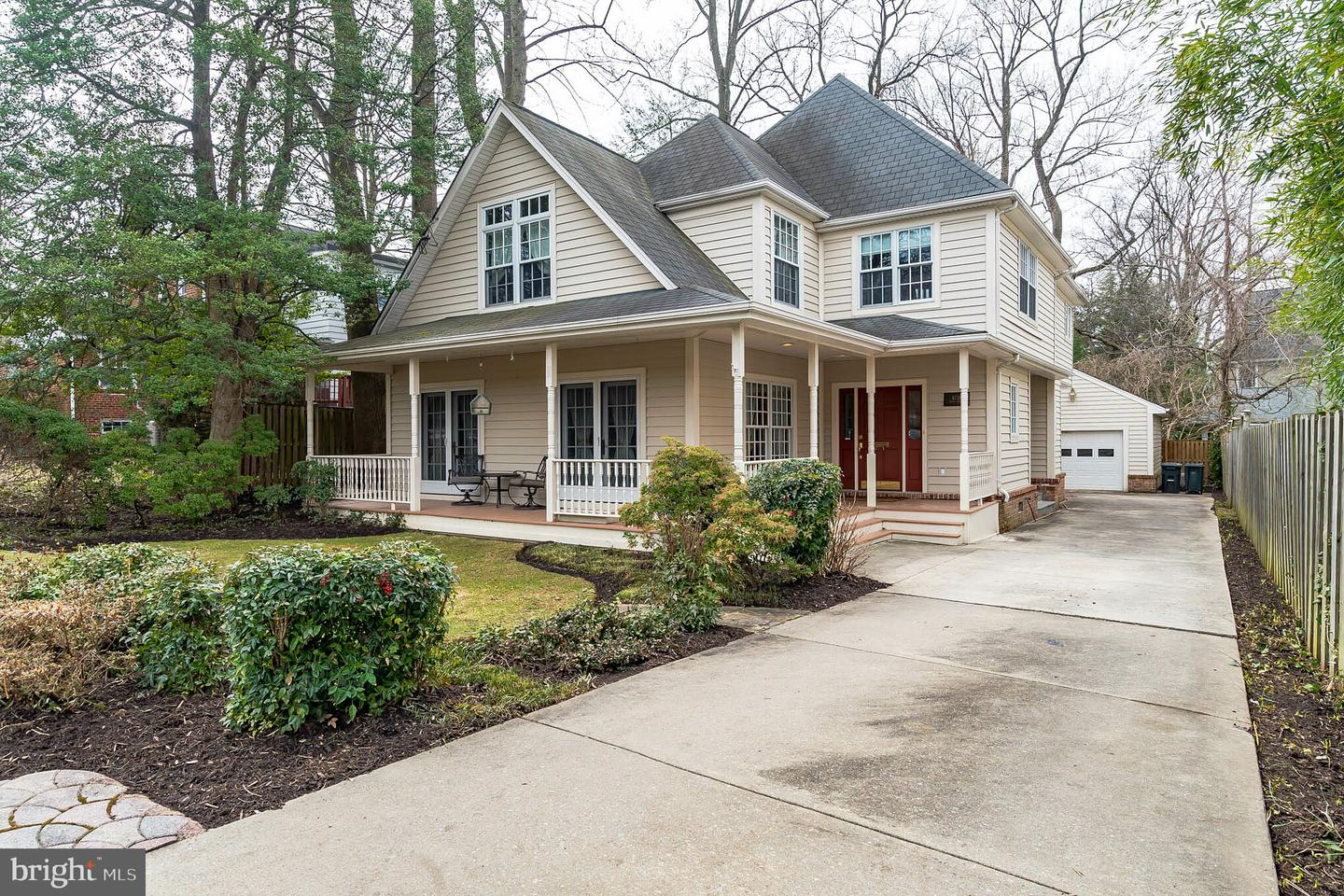 Single Family for Sale at 8718 Grant St 8718 Grant St Bethesda, Maryland 20817 United States