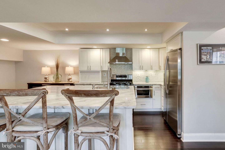 Additional photo for property listing at 6250 Massachusetts Ave Bethesda, Maryland 20816 United States