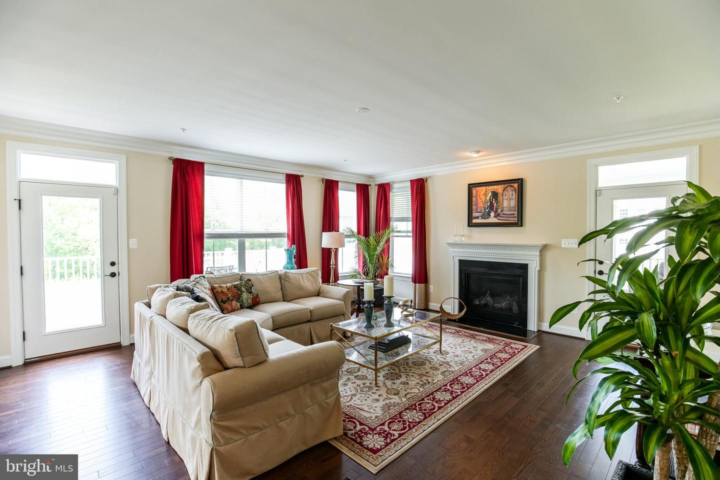 Additional photo for property listing at 19603 Lewis Orchard Ln Poolesville, Maryland 20837 United States