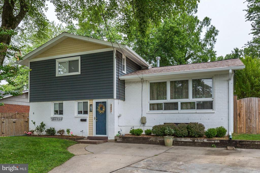 Single Family for Sale at 4201 Tulare Dr 4201 Tulare Dr Silver Spring, Maryland 20906 United States