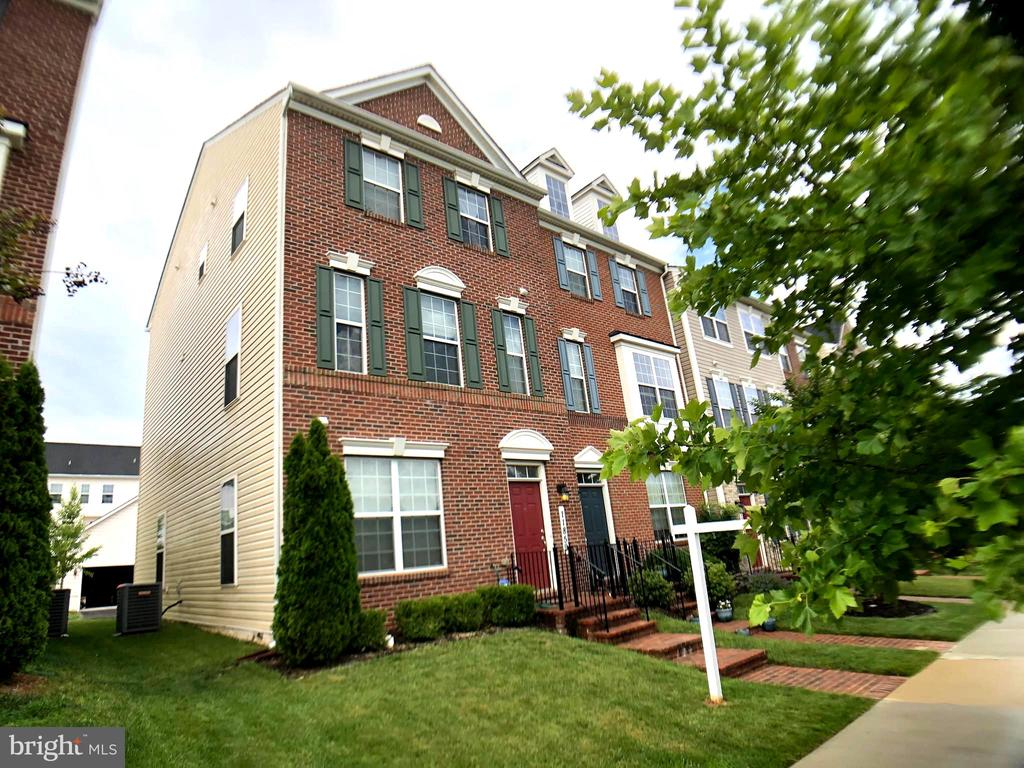 townhouses for Sale at 11859 Little Seneca Pkwy Clarksburg, Maryland 20871 United States