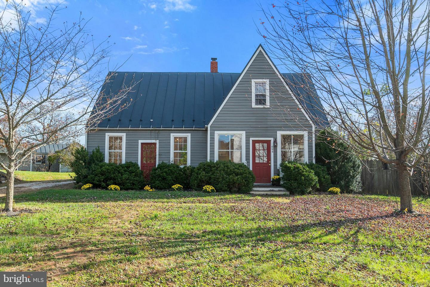 Single Family for Sale at 694 Federal St 694 Federal St Paris, Virginia 20130 United States