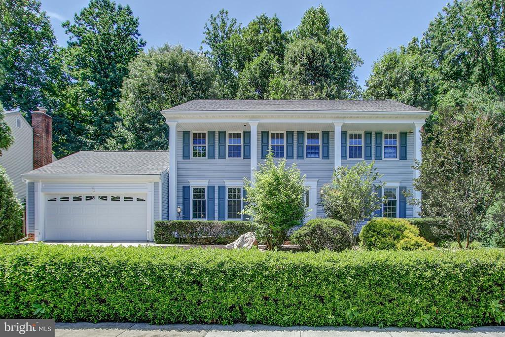 Single Family for Sale at 7400 Jenna Rd 7400 Jenna Rd Springfield, Virginia 22153 United States